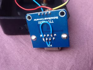 Doorverbindingen op de MAX232-print